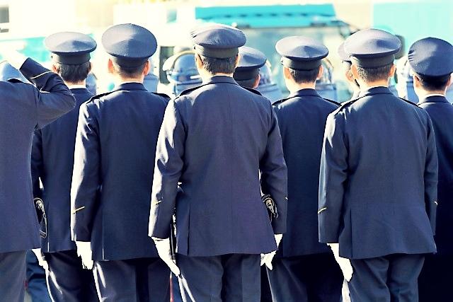 警察官採用試験、倍率