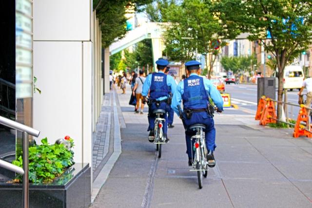 警察官、地域課、制服
