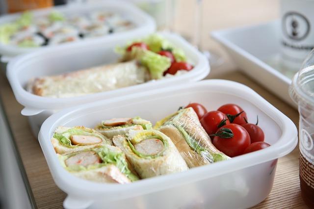交番、お昼ご飯、食事